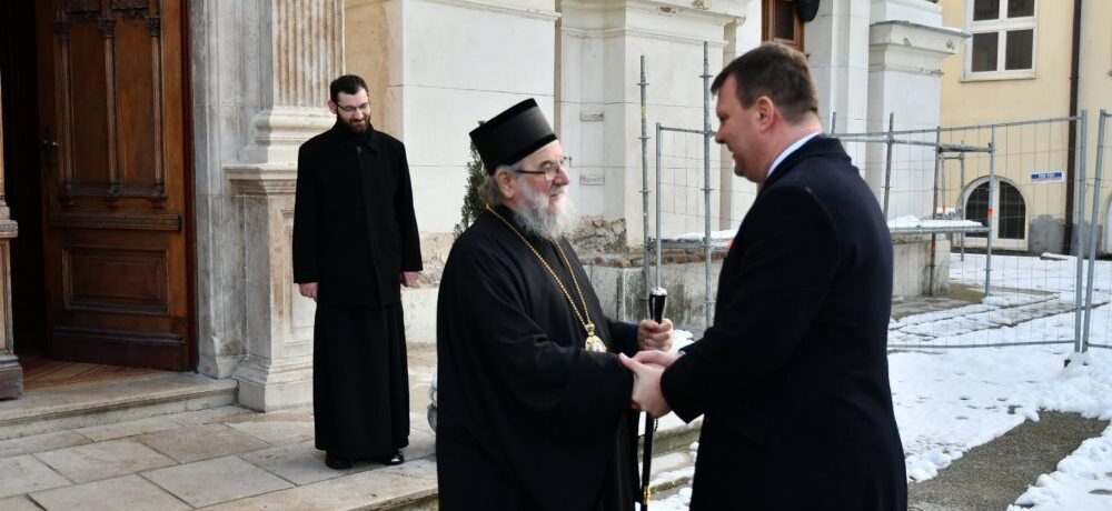 Посета председника Покрајинске владе Епархији сремској