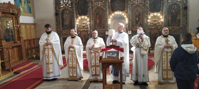 """Богослужењење и реч о помирењу у храму """"Преноса моштију Светог оца Николаја"""" у Старим Бановцима"""