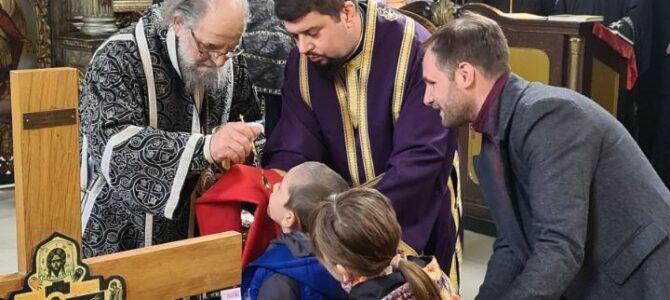 Света архијерејска Литургија пређеосвећених дарова у Војки
