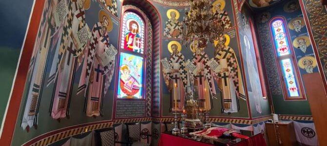 Распоред богослужења у храму Светих царева Константина и Јелене у Инђији