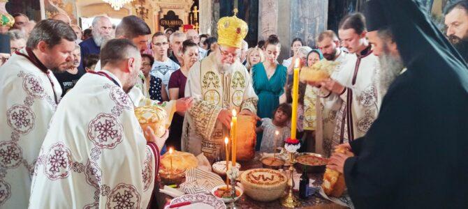 Преподобна Мати Ангелина молитвено прослављена у манастиру Крушедол