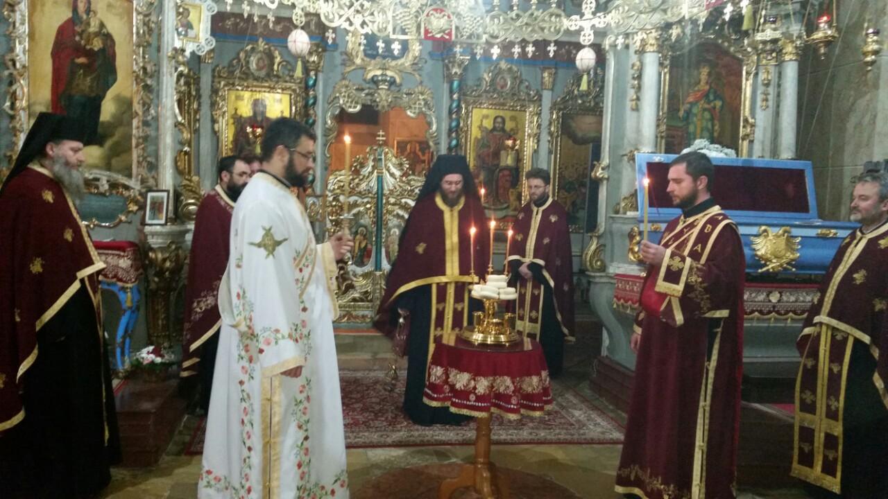 Из фотоалбума: Бденије у манастиру Јазак, 14.12.2015.
