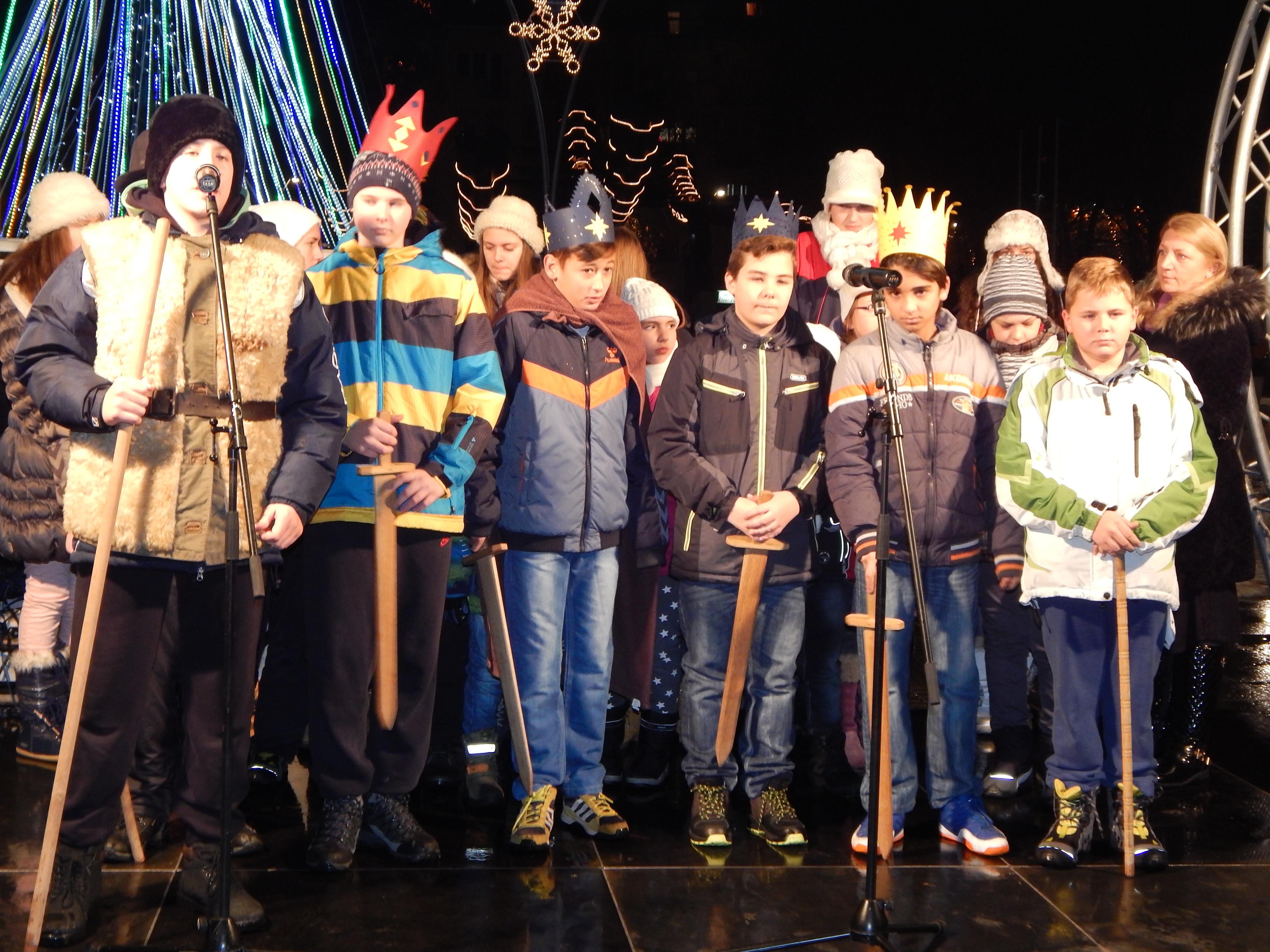 Божићна дечја манифестација у Руми