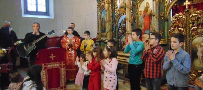 Недеља Отаца прослављена у сремскокарловачкој цркви Светих апостола Петра и Павла