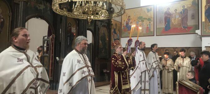 Света архијерејска Литургија у манастиру Фенек