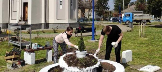 Одржана радна акција у порти храма Св. Василија у Беочину