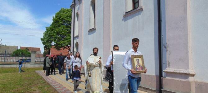 Слава цркве Преноса моштију Светог оца Николаја у Прхову