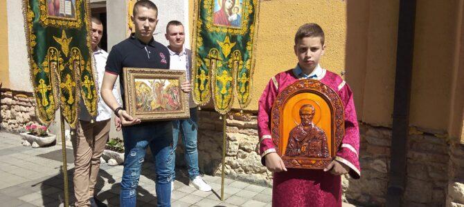 Молитвено прослављена храмовна слава у Огару