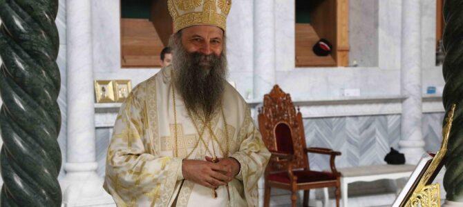 Патријарх Порфирије: Сабор, епископи, свештеници и монаси служе Тајну Христову