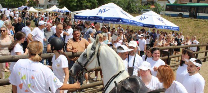 Отворен комплекс за коњички спорт ХОРИС – Хипотерапија за особе са сметњама у развоју