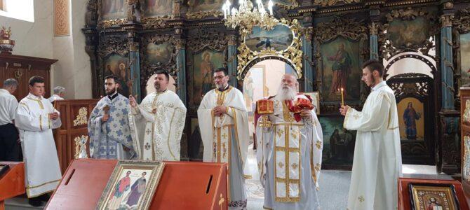 Храмовна слава у Кузмину