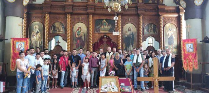 Саборно крштење у Кленку на празник Свете преподобномученице Параскеве