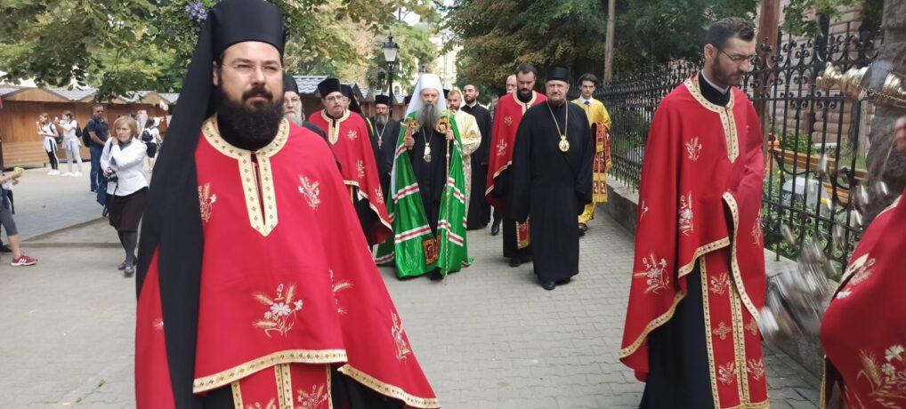 Патријарх српски г. Порфирије у посети Епископу сремском г. Василију и Сремским Карловцима