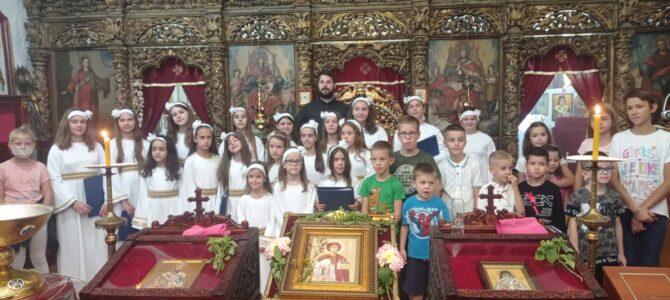 Молебан за почетак школске године у цркви Светог Првомученика и Архиђакона Стефана у Сремској Митровици
